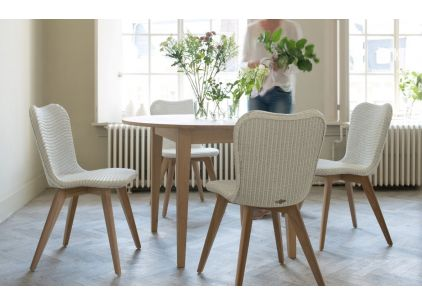 Vincent Sheppard Oak Lille Extending Set with Lily Lloyd Loom Chairs