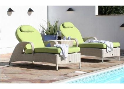 Bridgman Soft White Sussex Sunbed