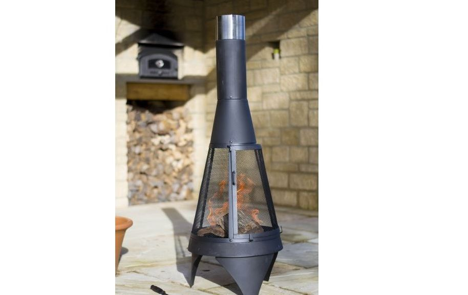 La Hacienda Colorado Steel Chimenea with Mesh Doors