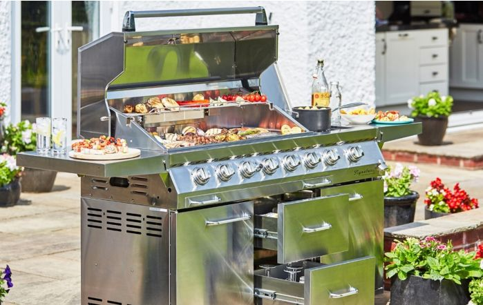 Outback Signature 6 Burner Gas BBQ